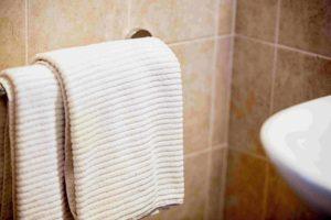 Pulizia e cambio asciugamani giornaliero